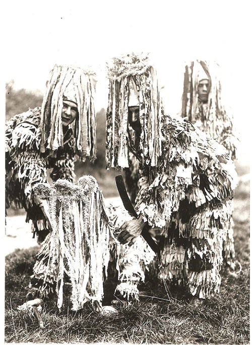 Longparish Mummers - Steve Roud Collection